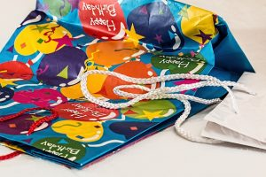 PARY BAGS FOR BIRTHDAYS TIPS FOR PARTIES EVENTS